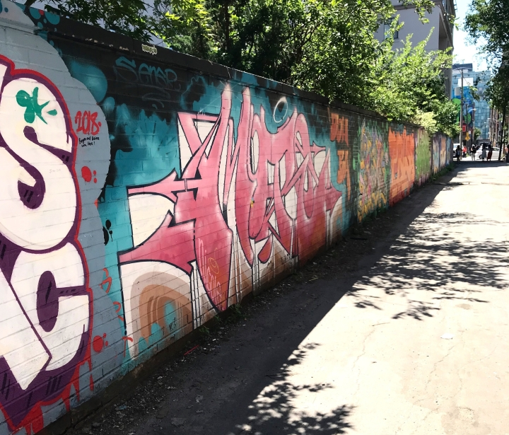 Graffiti Alley: Exploring Toronto's Debated Creative Arts Scene